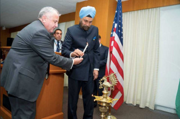 Indian and American diplomats for first time celebrates Diwali