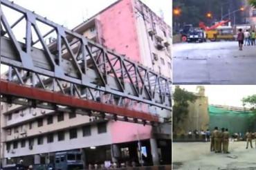 मुंबई: CST रेलवे स्टेशन के बाहर बना हिमालया ब्रिज गिरा, 6 की मौत, 36 से ज्यादा घायल