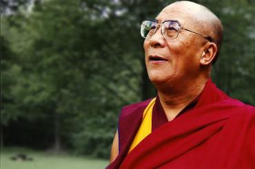 मेरी मौत के बाद चीन नहीं बल्कि भारत से हो सकता है मेरा उत्तराधिकारी: दलाई लामा