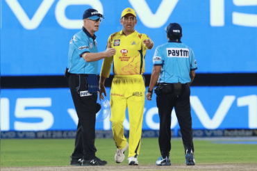 MS Dhoni did not offend me: Umpire Oxenford informs Match Referee