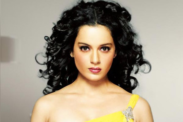 """Kangana tags her """"Silly Ex"""" & """"Nepotism"""" debate into the 'Mental Hai Kya' film controversy"""
