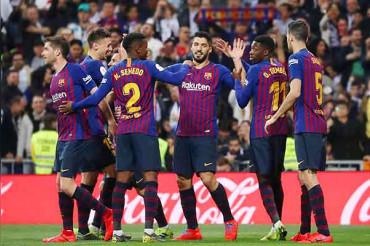 Barcelona put one hand on La Liga title