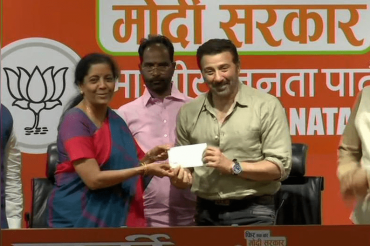 Sunny Deol joins BJP in presence of Piyush Goyal today