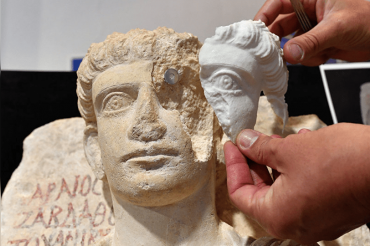 Ancient Artefacts Stolen by Daesh is now on sale in Facebook