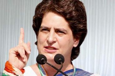 Isse acha toh Amitabh Bachchan ko PM bna dete: Priyanka Gandhi slams Modi