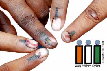 7वां चरण मतदान, UP-MP में वोटिंग के दौरान 4 चुनाव कर्मचारियों की मौत