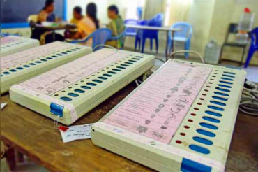 Woman waiting to cast her vote in Madhya Pradesh died of heart attack