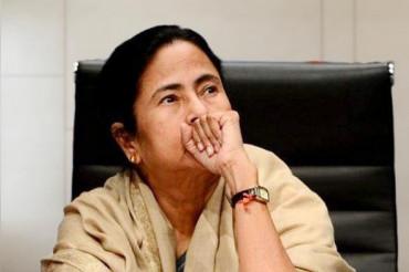 WB की CM  ममता बनर्जी ने बीजेपी को विफल करने के बाद अपना इस्तीफा दिया