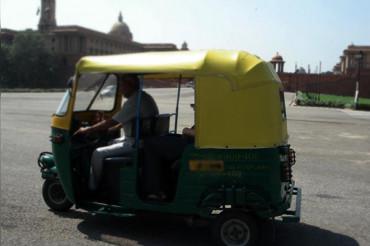 बस-ट्रक चलाने के लिए 8वीं पास होना जरुरी नहीं, दिल्ली में बढ़ा Auto Fare