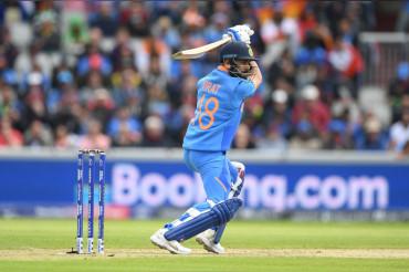 Virat Kohli surpasses Sachin, become fastest to 11000 ODI runs