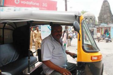 आज से केजरीवाल के आदेश पर दिल्ली में बढ़ा Auto Fare, जानें नई कीमत