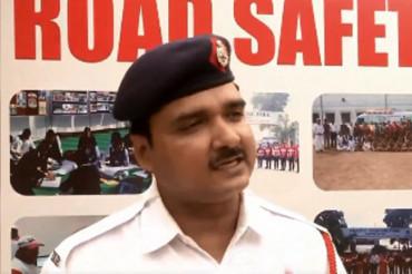 सड़क सुरक्षा के लिए ट्रैफिक पुलिस ने गाया रैप सॉन्ग 'नहीं तो तेरा टाइम आएगा', वीडियो वायरल