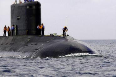 """""""मेक इन इंडिया """" के तहत भारत की समुद्री सैन्य ताकत बढ़ाएंगी स्वदेशी पनडुब्बियां"""
